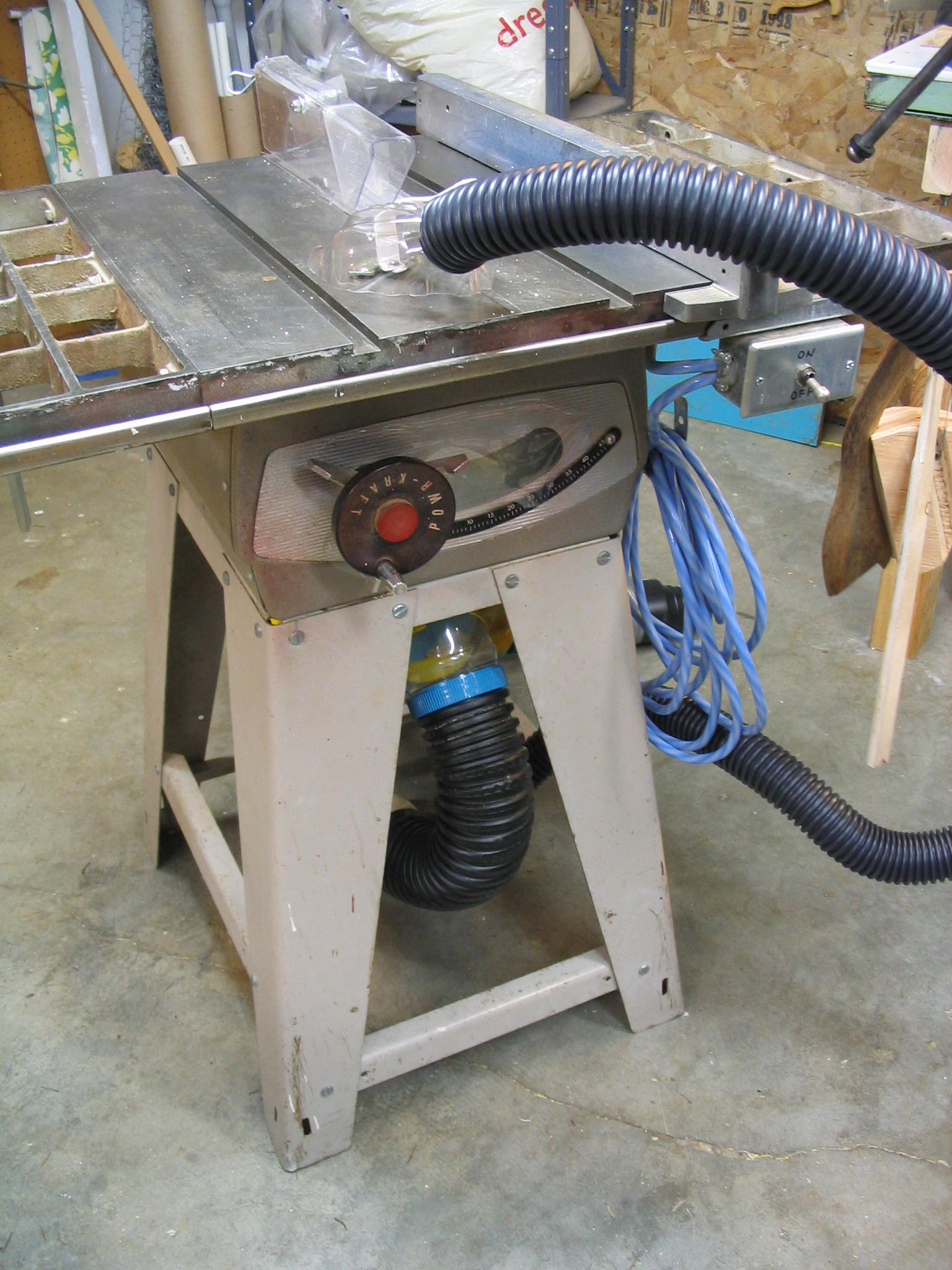 Tablesaw dust collector