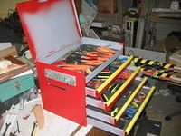 Home-made tool box from all-recycled materials